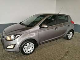 Hyundai i20 1.4 Glide Manual Hatchback 2013, Grey, Very Neat!