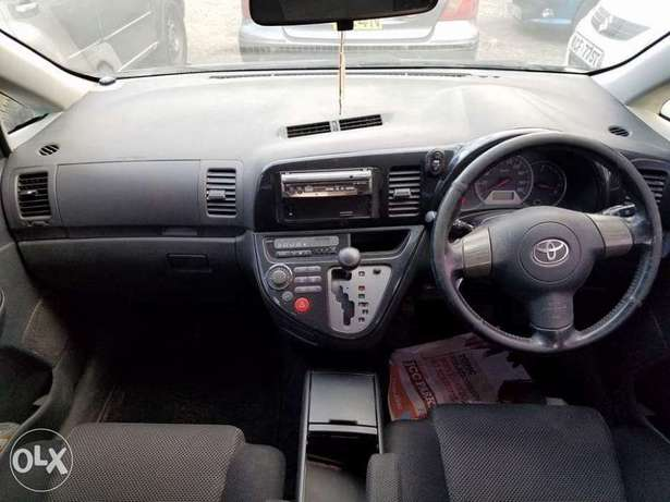 Toyota wish extremely clean. Buy and drive Embakasi - image 6