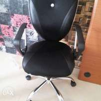 Durable and affordable office swivel chair