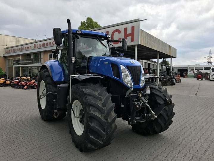 New Holland t7.220 auto command - 2014