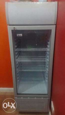 Display Fridge with amazing cooling and stayin cold capabilities Nairobi CBD - image 1