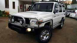 Toyota Land cruiser 5 doors 4200CC