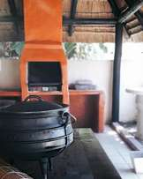 20 sleeper south coast self catering accommodation