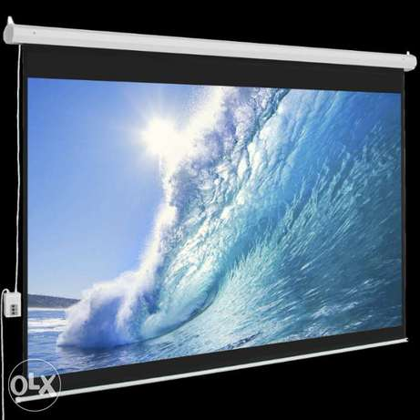 """Electric Wall Mounted Projection Screens For Sale 70"""" by 70"""" Nairobi CBD - image 1"""