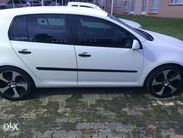 18 inch OEM Golf 7 GTI rims to swap