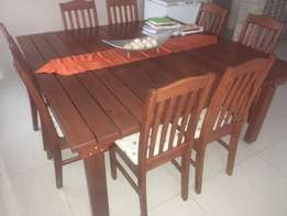Dining room set **immaculate**