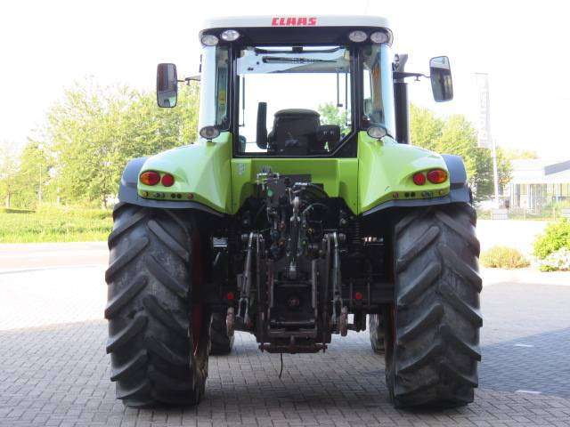 Claas Arion 620 - 2011 - image 9