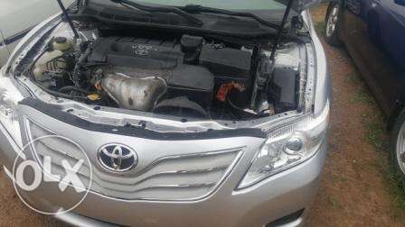 Toyota Camry 2010. Very Clean Leather Interior. 4 cylinders Ibadan South West - image 4