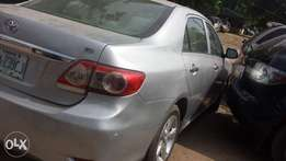 Niz carz, very clean neat and maintained Corolla