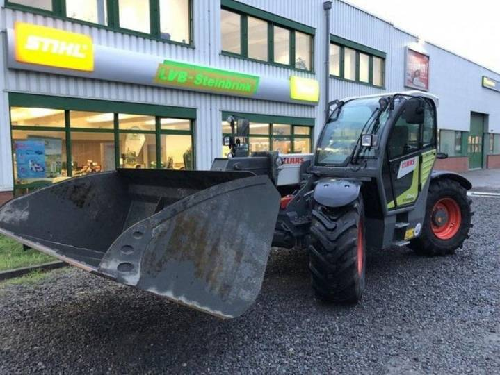 Claas 7044 varipower 40km/h - 2016
