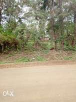 8 acres of land for sale in mucatha touching tarmac