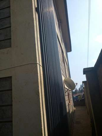 Executive Apartments on sale_located in banana hill road, fronting the main road Ruaka - image 5