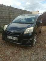 stereo FM CD,power steering ,windows, automatic gear,keyless ignition,