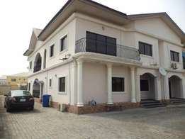 4 Units of 3Bedroom serviced flats at LEKKI RIGHT HAND