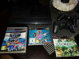 PlayStation 3 500GB incl. 2 remotes and 3 games