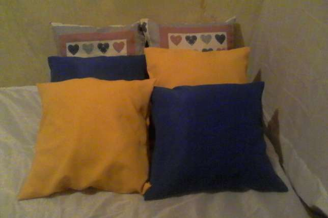Pillows and back rest cushions Kisii Town - image 5
