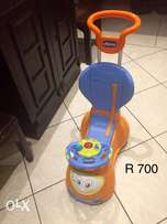 Chicco baby car