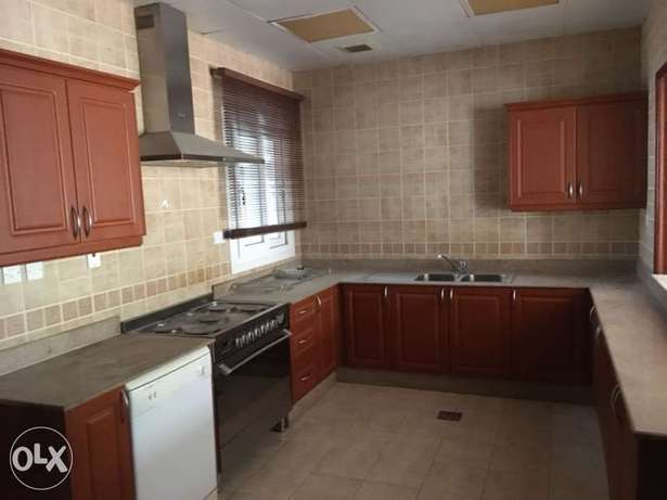 3 bedroom villa for rent at Ain kalhid 3 month free
