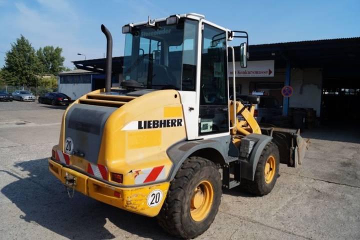 Liebherr L 507 Stereo Klappschaufel Kehrbesen - 2007 - image 3