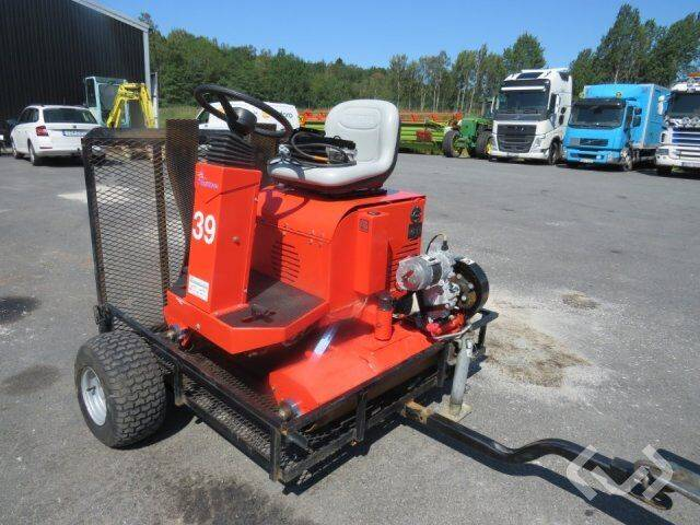 Smithco ElectraGreenvält field roller for sale by auction