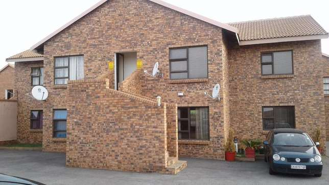 Stuning Spacious 2 Bedroom For Rent in Secunda Do Not Miss Out. Secunda - image 1