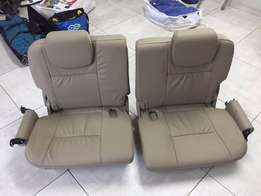 Toyota Fortuner boot seats