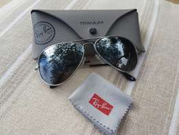 Authentic Polarised Ray-Bans - Titanium Aviators