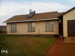 3 bedroom house for sale in Dawnpark