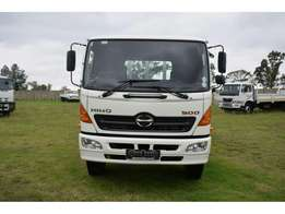 Truck HINO 500 SERIES 1626/With Tag Axle