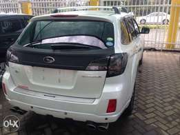 Subaru Outback 2010 and 2011 available S.i drive