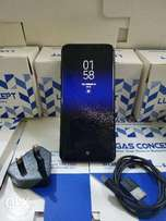 Complete Samsung Galaxy S8 plus with Charger