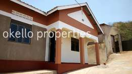 Beautiful 2 bedroom house in kireka at 400k