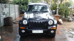 Jeep Cherokee 2004. 3.7 Limited. Automatic