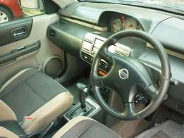 Selling Nissan XTrail 2002
