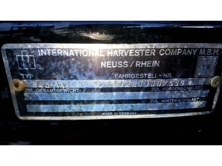 Case IH 845 XL - 1985 - image 9