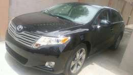Super Clean Tokunbo Toyota Venza (2011 model)