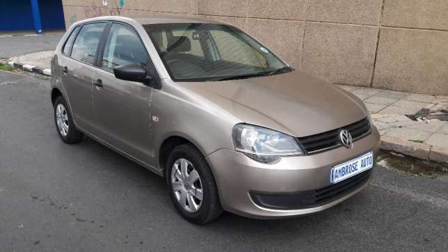 2015 Volkswagen Polo Vivo 1.4i is available Johannesburg CBD - image 1