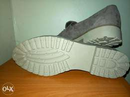Casual high class outback shoes size 40