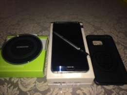 Samsung Galaxy Note 5 with Wireless Charger