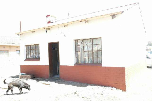 Property For Sale in Dundee Kzn Dundee - image 4