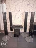 Sony Home theatre.. set of speakers up for graps