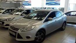 ford focus 1.6 ti sedan 2013 R149 900