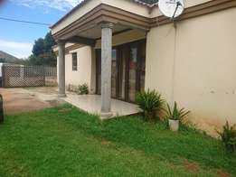 Large 3 Bedroom house plus 14 rooms, for a family or investment
