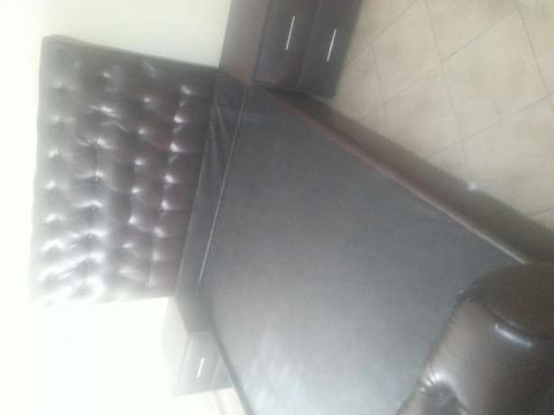 Dark brown king size sleigh bed and double size available Vanderbijlpark - image 2
