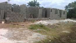 Clean uncompleted bungalows 4 sale
