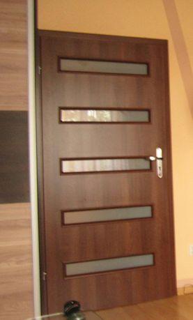 Młodzieńczy Drzwi wewnętrzne 90 z szybkami ościeżnica brązowe h Linowiec • OLX.pl DA45