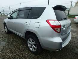 Toyota Vanguard 2010 silver Fully Loaded On Offer