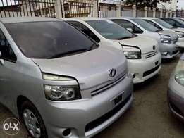 Toyota voxy varieties available fresh imports new plate number