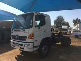 Truck tractor HINO 500 SERIES for sale