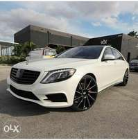 Selling 2017 Mercedes Benz S550